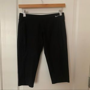 Nike Dri-Fit Cropped Capri Black Leggings